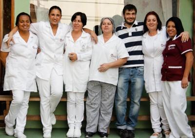 equipe-de-cuidadores-de-idosos-lar-alcina
